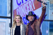 Tim McGraw Photos Photo