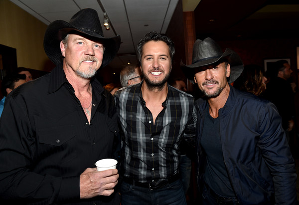 Tim McGraw and Luke Bryan Photos»Photostream · Pictures · Hand in Hand  A  Benefit for Hurricane Relief - Nashville 67e91e1d06e7