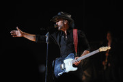 Tim McGraw Performs in NYC