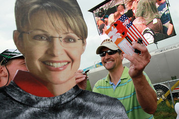 "Todd Palin Sarah Palin Attends Tea Party ""Restoring America"" Rally In Iowa"