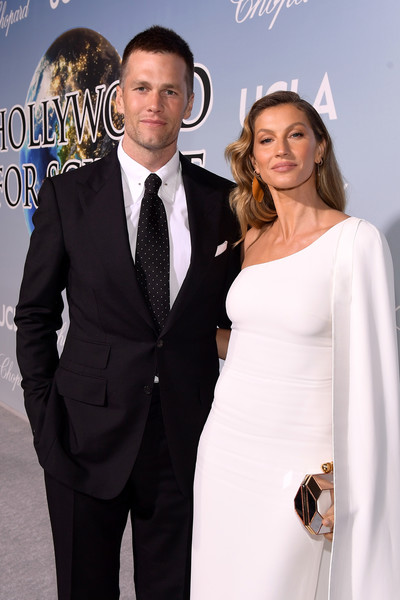 Tom Brady and Gisele Bundchen Photos Photos - UCLA IoES