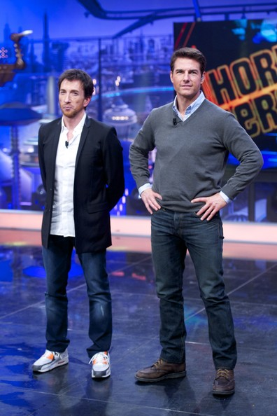 ¿Cuánto mide Tom Cruise? - Altura - Real height Tom+Cruise+Attends+El+Hormiguero+Tv+Show+5_0QwgA2IQRl