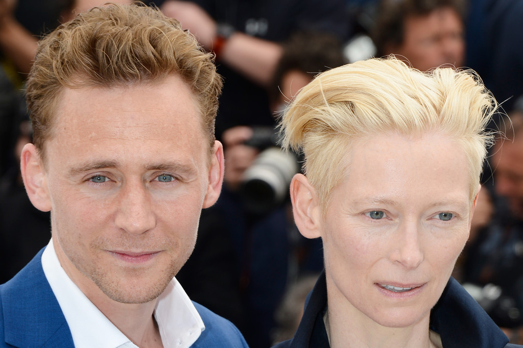 http://www2.pictures.zimbio.com/gi/Tom+Hiddleston+Only+Lovers+Left+Alive+Photo+FDX_TJ9NDXHx.jpg
