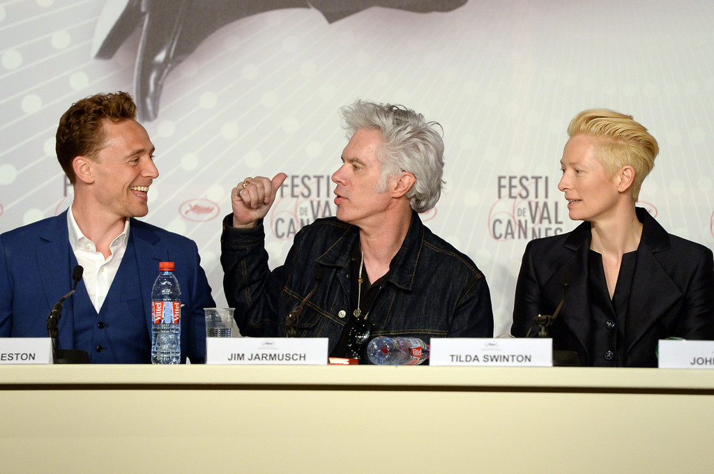 http://www2.pictures.zimbio.com/gi/Tom+Hiddleston+Only+Lovers+Left+Alive+Press+Z6hNN2w2afJx.jpg