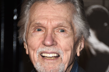 Tom Skerritt Premiere of Warner Bros. Pictures' 'The 15:17 to Paris' - Arrivals