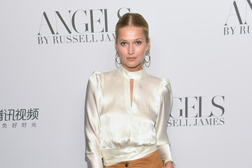 Toni Garrn Cindy Crawford And Candice Swanepoel Host 'ANGELS' By Russell James Book Launch And Exhibit - Arrivals