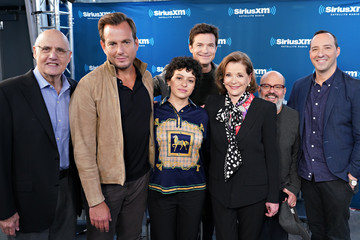 Tony Hale Jeffrey Tambor SiriusXM's Town Hall With The Cast Of 'Arrested Development'