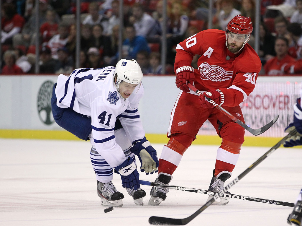 Nikolai Kulemin Photos»Photostream · Main · Articles · Pictures · Toronto  Maple Leafs v Detroit Red Wings 7dcca6acf