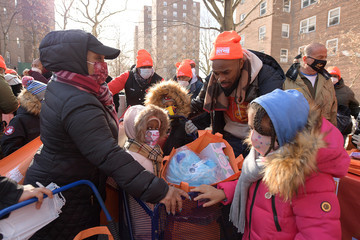 Tracy Morgan Food Bank For New York City Distributes Turkeys, Toys, And More With Tracy Morgan, Good+ Foundation, And Council Member Vanessa Gibson To Bronx Residents
