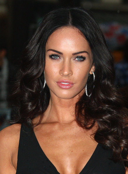 megan fox transformers 2 premiere red dress. megan fox transformers 1