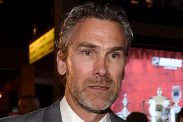Trevor Linden Athletes Pose at the 2015 NHL Awards