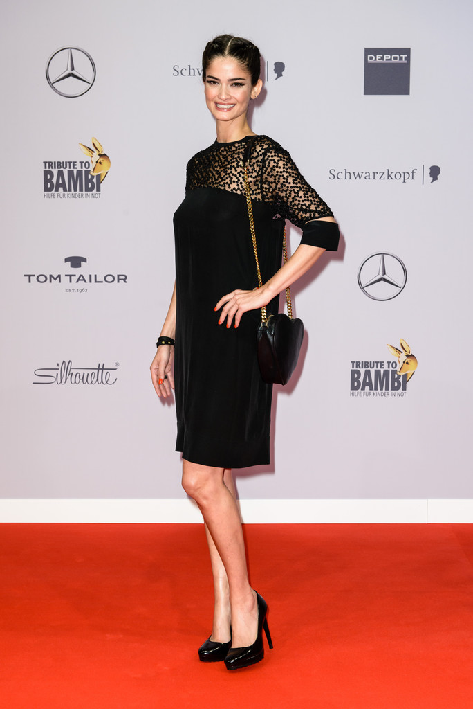 shermine sharivar in arrivals at the tribute to bambi zimbio. Black Bedroom Furniture Sets. Home Design Ideas