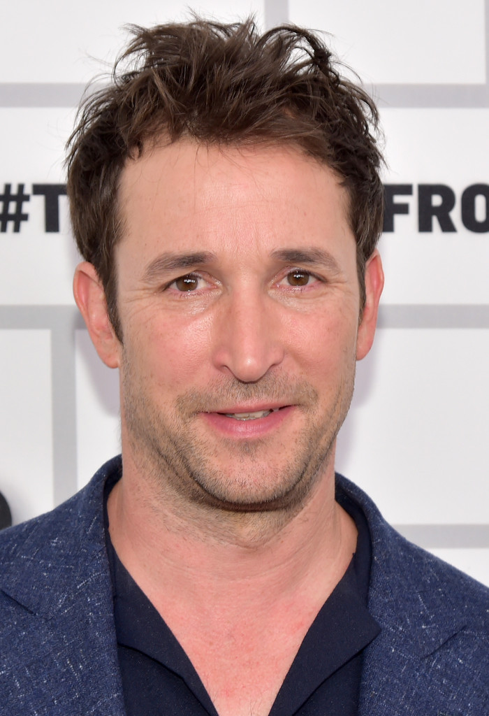 Noah Wyle Photos Photos - Turner Upfront 2015 - Green Room ...