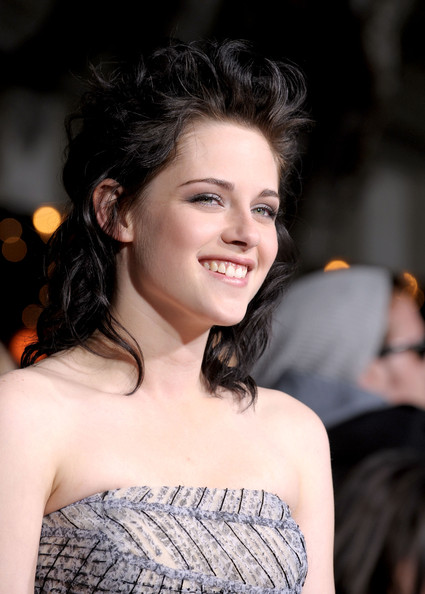 kristen stewart wallpapers in twilight. Star kristen stewart twilight