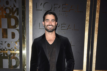 Tyler Hoechlin Gold Obsession Party - L'Oreal Paris : Photocall - Paris Fashion Week Womenswear Spring/Summer 2017