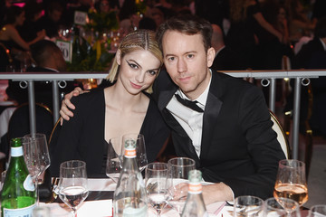 Tyler Shields Allie Evans 27th Annual Elton John AIDS Foundation Academy Awards Viewing Party Sponsored By IMDb And Neuro Drinks Celebrating EJAF And The 91st Academy Awards - Inside