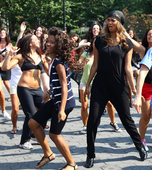 Tyra Banks Awards: Tyra Banks Participates In A Dance Flash Mob In Union