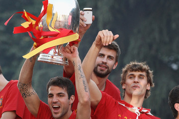 Cesc Fabregas Gerard Pique UEFA EURO 2012 Champions Spain Victory Parade And Celebrations