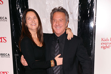 """Dustin Hoffman Lisa Hoffman Universal Pictures and Paramount Pictures Present the World Premiere of """"Little Fockers"""""""