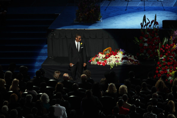 Memorial Service For Michael Jackson Draws Thousands Of Fans And Mourners [audience,crowd,event,stage,performance,sky,auditorium,night,performance art,performing arts,michael jackson,fans,thousands,mourners,usher,los angeles,staples center,memorial service,service,cardiac arrest]