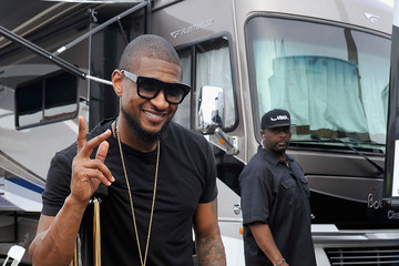 Usher Global Citizen 2015 Earth Day On National Mall To End Extreme Poverty And Solve Climate Change - Backstage & VIP Lounge