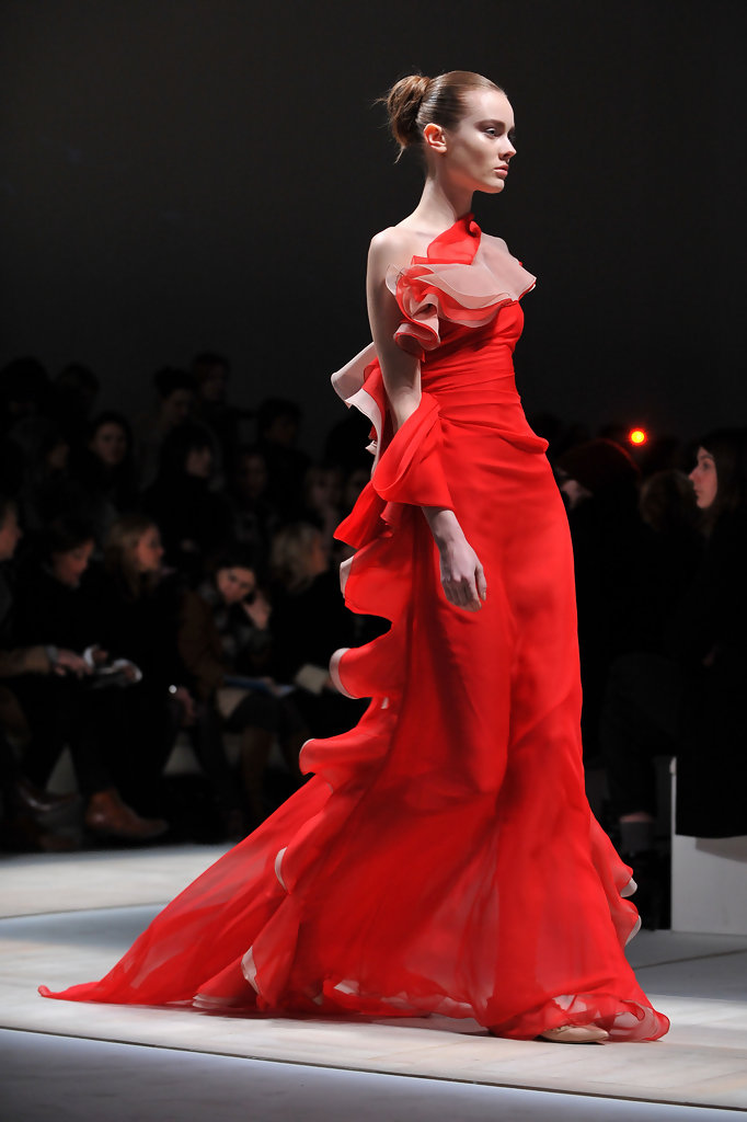 valentino - pfw - ready to wear - fall  winter 2011