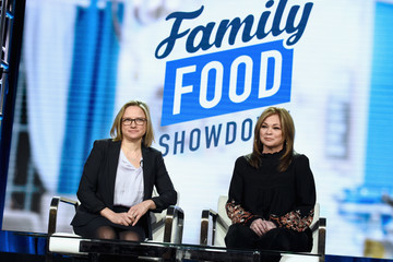 Valerie Bertinelli Courtney White Discovery Networks Present At Winter TCA Tour 2019