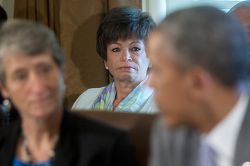 Valerie Jarrett Barack Obama Holds Cabinet Meeting