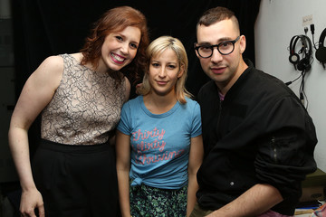 Vanessa Bayer Stars at the LOL with LLS Event