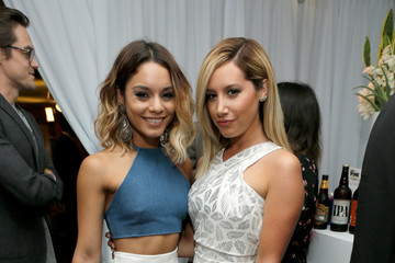 Vanessa Hudgens Ashley Tisdale Green Room at the Young Hollywood Awards