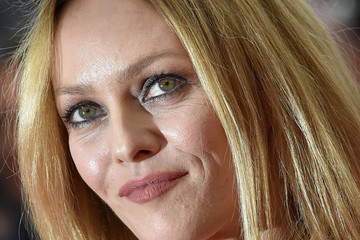 Vanessa Paradis Palm D'Or Winner Photocall - The 69th Annual Cannes ...