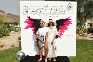 Vanessa Williams Dazzle In The Desert With ShoeDazzle