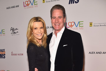 Vanna White 25th Annual Race To Erase MS Gala - Red Carpet