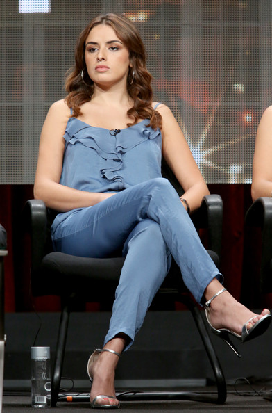 Vannessa vasquez pictures hulu s tca presentation and cocktail party