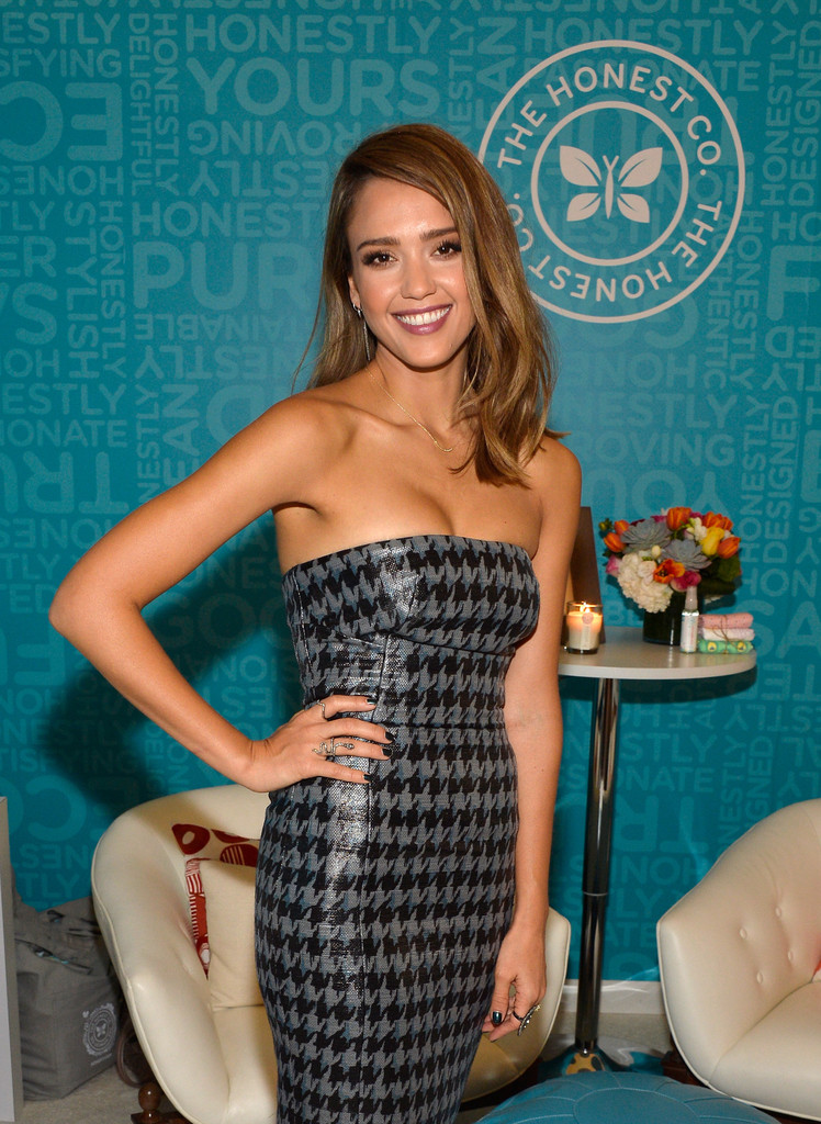 "Organic products are the secret to Jessica Alba&squot;s radiant look—she even co-founded <a href=""https://www.honest.com/"" target=""_blank"">The Honest Company</a>, which sells all-natural bath, body and cleaning products, and wrote about detoxifying her lifestyle in the book <em>The Honest Life</em>."