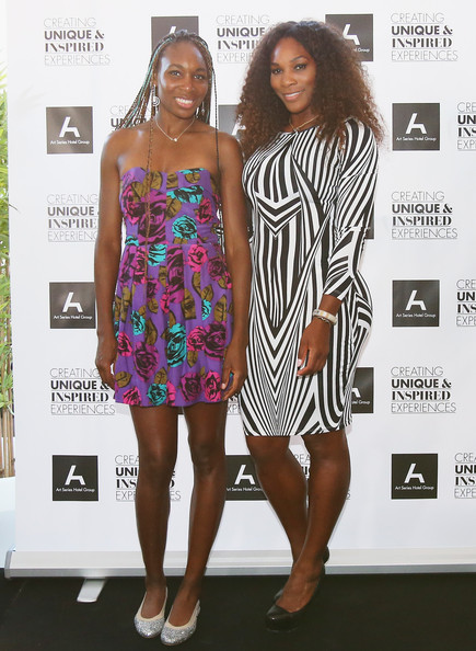 Williams Sisters Tennis Photos http://www.zimbio.com/pictures/F3y52ygCaqY/Williams+Sisters+Table+Tennis+Play+Off/FGYaH53WCt5/Venus+Williams
