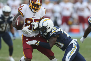 Vernon Davis Washington Redskins v Los Angeles Chargers