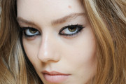 A model Ondria Hardin is seen backstage ahead of the Versace show during the Milan Fashion Week Autumn/Winter 2015 on February 27, 2015 in Milan, Italy.