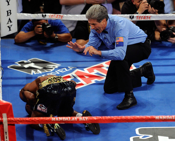 Vic Drakulich Referee Vic Drakulich counts as Zab Judah is knocked out in the fifth round by Amir Khan during their super lightweight world championship unification bout at Mandalay Bay Events Center on July 23, 2011 in Las Vegas, Nevada.
