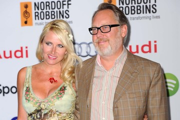 Vic Reeves Nordoff Robbins 02 Silver Clef Awards - Outside Arrivals