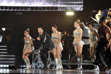 Victor Manuelle The 19th Annual Latin GRAMMY Awards  - Roaming Show