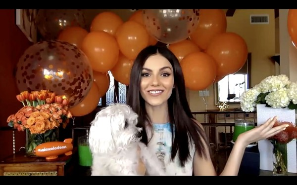 2020 Nickelodeon Kids' Choice Awards [balloon,flower arranging,floral design,bouquet,floristry,smile,party,party supply,plant,happy,victoria justice,nickelodeon kids choice awards,screengrab,flower arranging,design,balloon,floristry,nickelodeon\u00e2,kids\u00e2,tm choice awards 2020: celebrate together,balloon,flower,ceremony]
