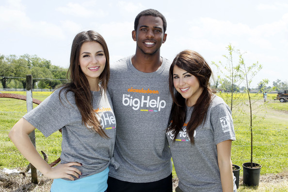 Victoria Justice (L-R) Star of Nickelodeon's Victorious Victoria Justice, New Orleans Hornets forward Chris Paul and Daniella Monet team up for local restoration project at St. Bernard Parish at Docville Property on April 8, 2011 in Violet, Louisiana.