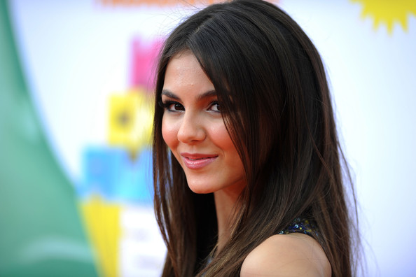 Victoria Justice Actress Victoria Justice arrives at Nickelodeon's 24th Annual Kids' Choice Awards at Galen Center on April 2, 2011 in Los Angeles, California.