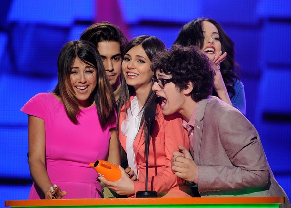 Victoria Justice - Nickelodeon's 25th Annual Kids' Choice Awards - Show