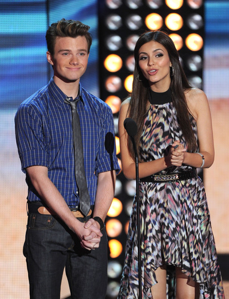 Victoria Justice - Teen Choice Awards 2012 - Show