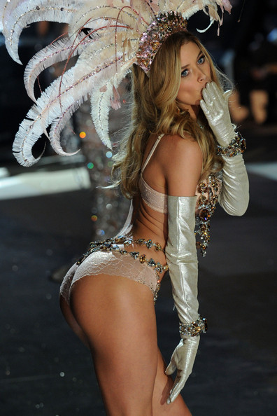 Victoria's Secret Angel Doutzen Kroes walks the runway during the Victoria's Secret 2012 Fashion Show on November 7, 2012 in New York City.
