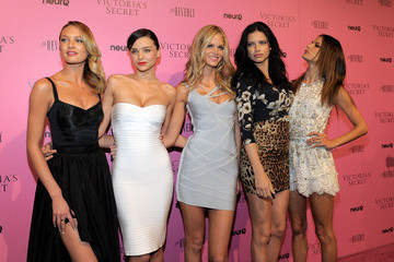 Miranda Kerr Candice Swanepoel Victoria's Secret Bombshells Celebrate The Reveal Of The What Is Sexy? List At The Beverly In Los Angeles