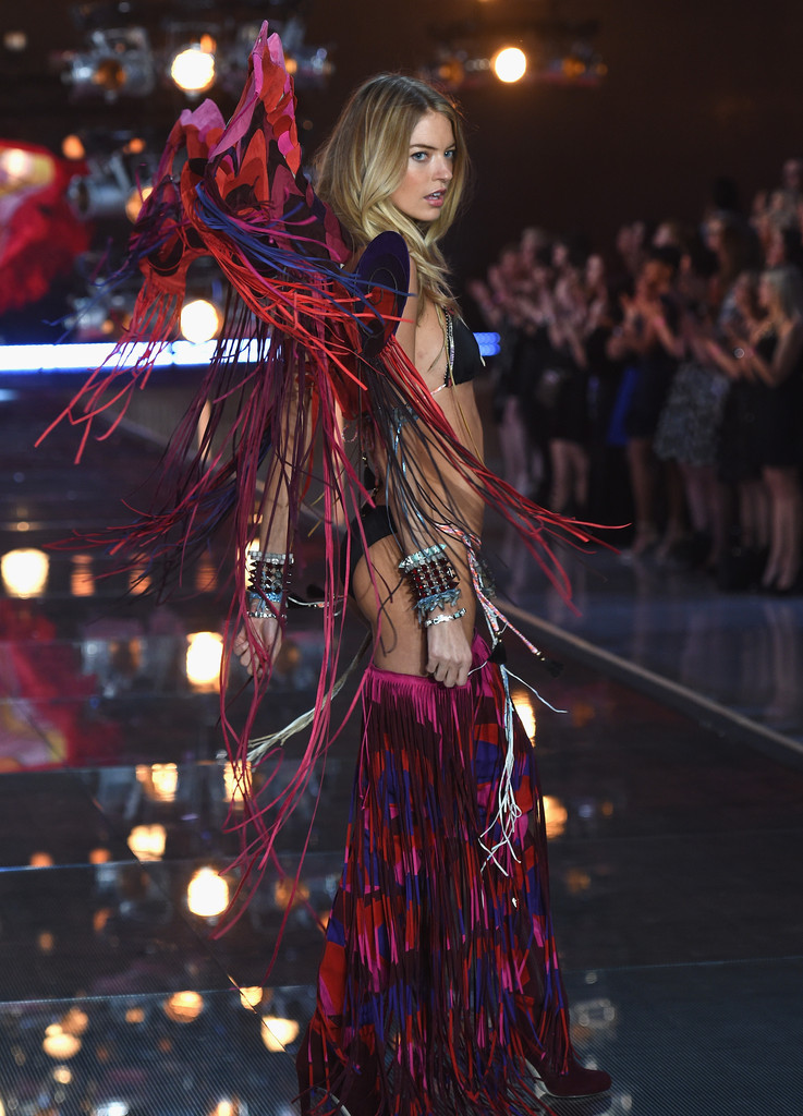 Victoria 39 S Secret Fashion Show 2015 Zimbio
