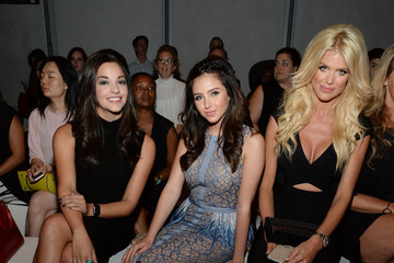 Victoria Silvstedt Pamella Roland Spring 2016 - Front Row
